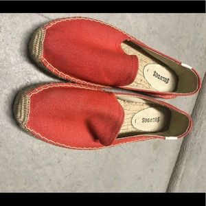 < Soludos> platform smoking slippers